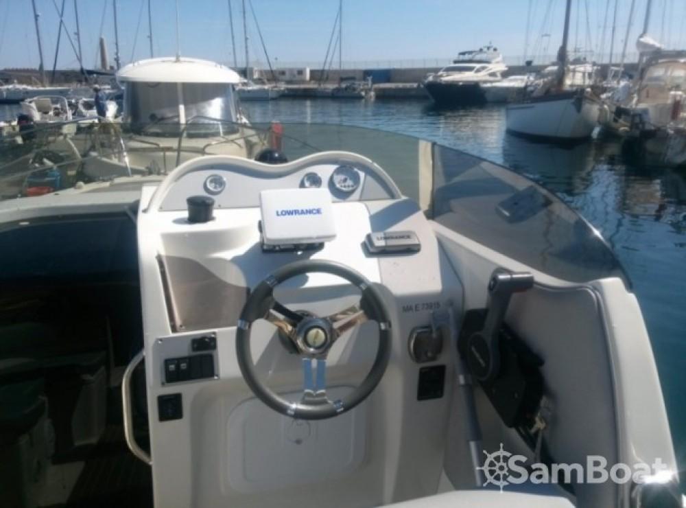 Barca a motore a noleggio Marsiglia al miglior prezzo