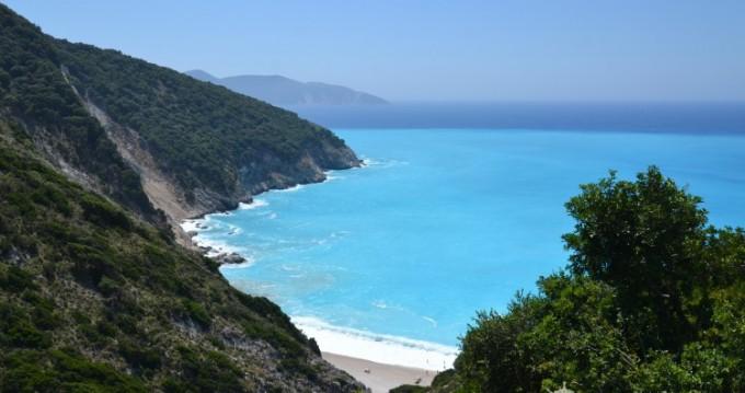 Noleggio Barca a vela a Corfù – Cantiere Del Pardo Grand Soleil 50