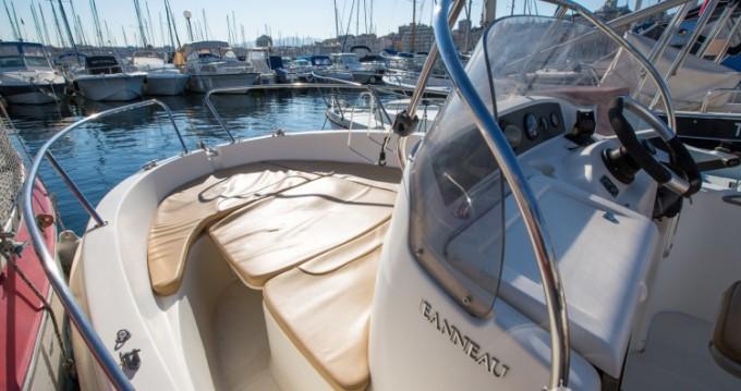 Noleggio barche Jeanneau Cap Camarat 545 WA a Vieux-Port de Marseille su Samboat