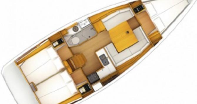 Jeanneau Sun Odyssey 389 DL tra privati e professionisti a Port du Crouesty