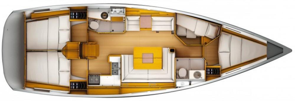 Jeanneau Sun Odyssey 439 Q tra personale e professionale Arzon