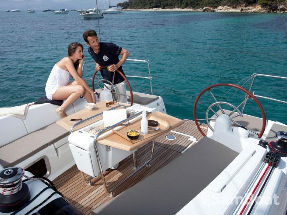 Barca a vela a noleggio Arzon al miglior prezzo