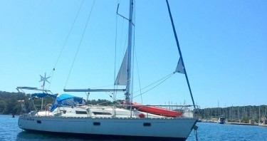 Barca a vela a noleggio a Frioul Islands al miglior prezzo