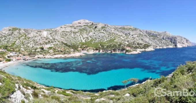 Barca a motore a noleggio a Marseille al miglior prezzo