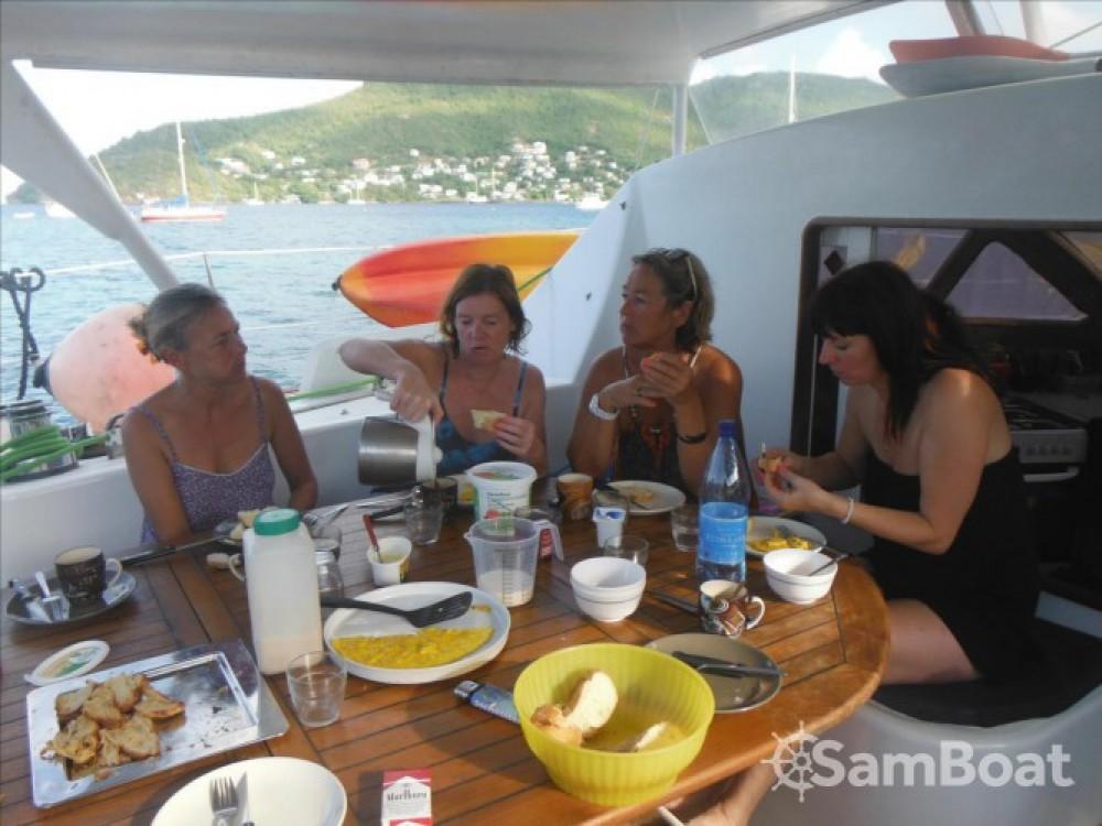 Noleggio barche  economico Catana 411