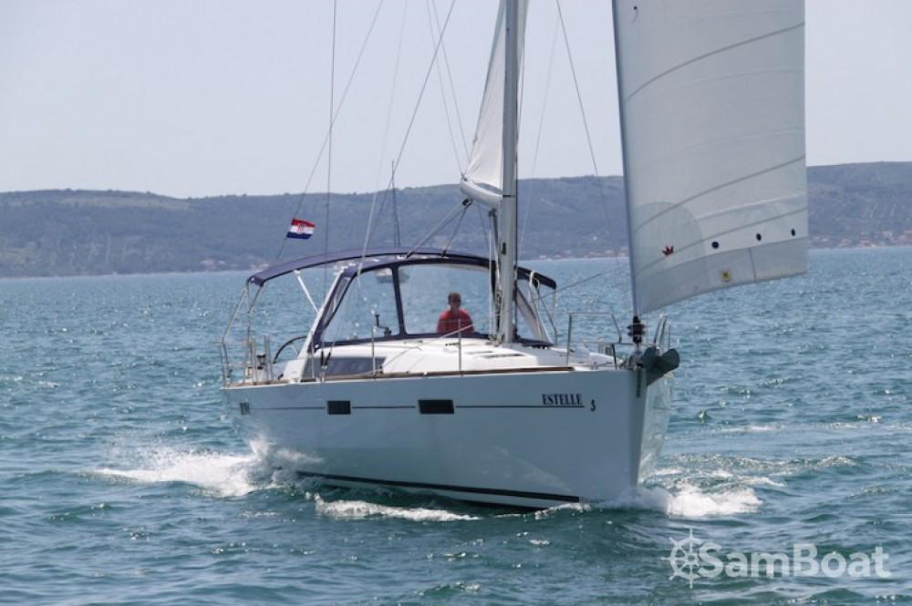 Noleggio barche Bénéteau Oceanis 45 Kaštel Gomilica su Samboat