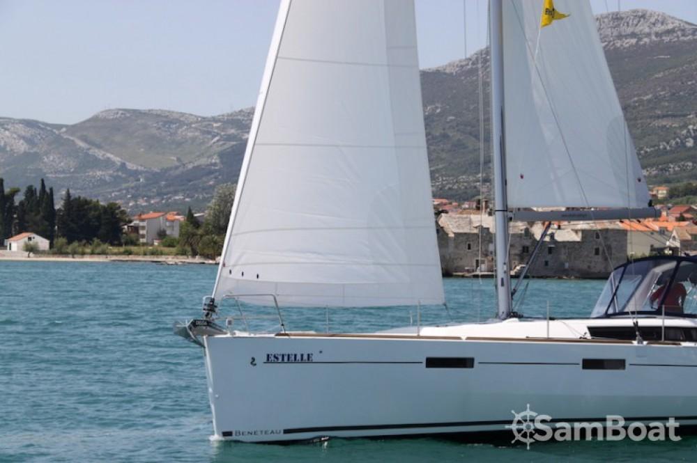 Noleggio Barca a vela con o senza skipper Bénéteau Kaštel Gomilica