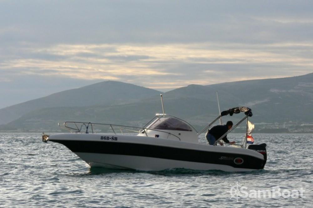 Noleggio yacht Castel Abadessa - Seabird-655  su SamBoat