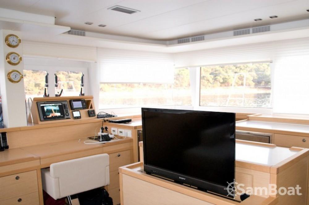 noleggio Catamarano Castel Abadessa - Lagoon Lagoon 560