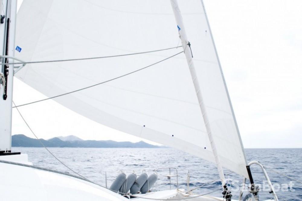 Noleggio barche Castel Abadessa economico Lagoon 560
