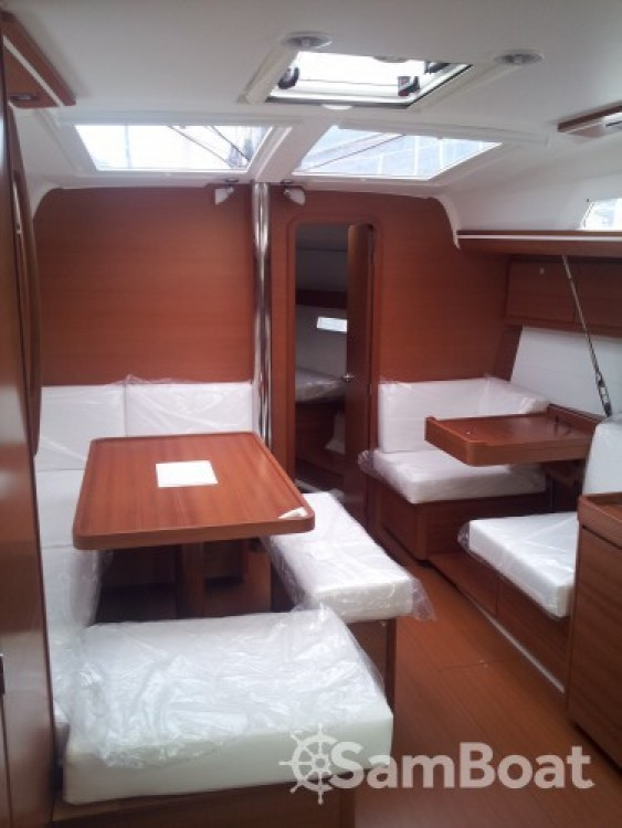 Noleggio barche Dufour Dufour 410 Grand Large Reggio di Calabria su Samboat