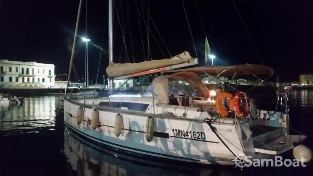 Noleggiare un'Dufour Dufour 410 Grand Large Reggio di Calabria