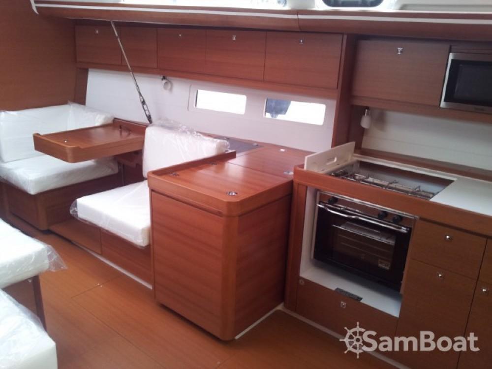 Noleggio yacht Reggio di Calabria - Dufour Dufour 410 Grand Large su SamBoat