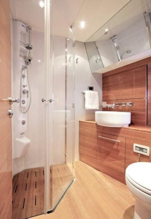 Noleggio Yacht con o senza skipper Aicon-64-Fly Capocesto