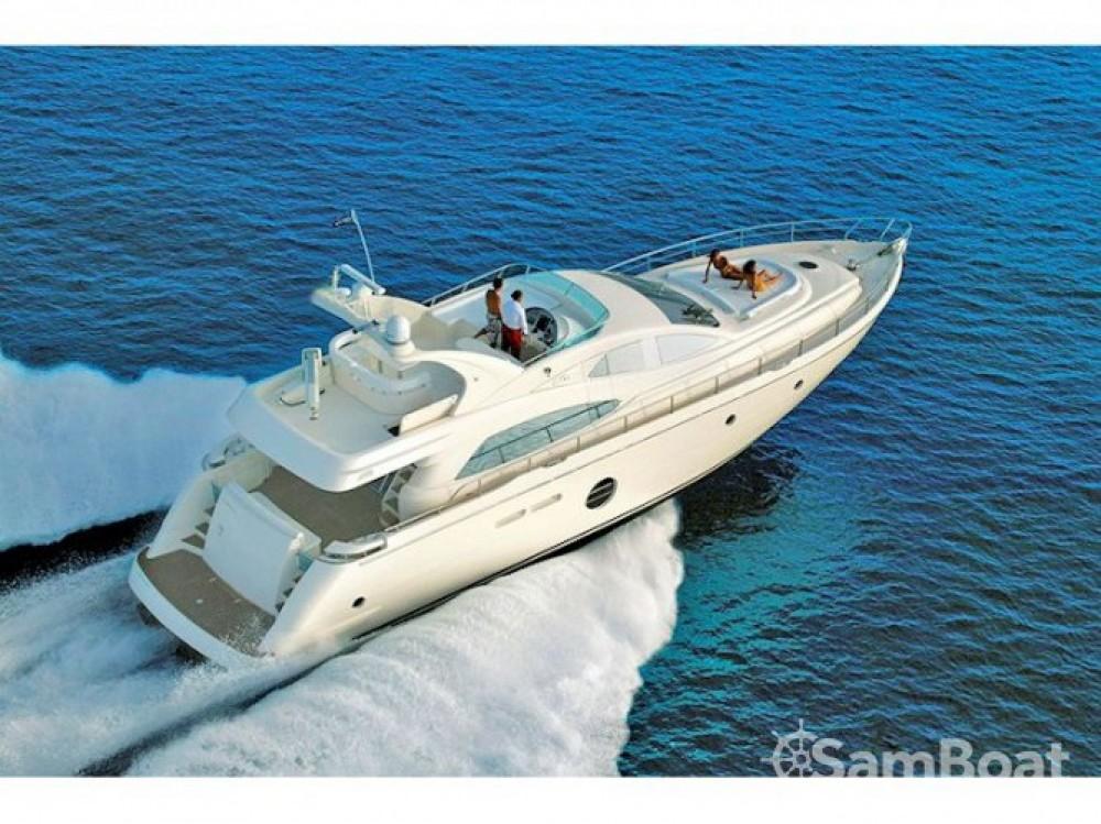 Noleggio Yacht Aicon-64-Fly con una patente