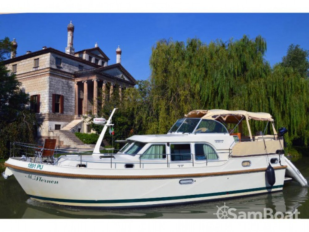 Noleggio Barca a motore con o senza skipper Linssen Venezia
