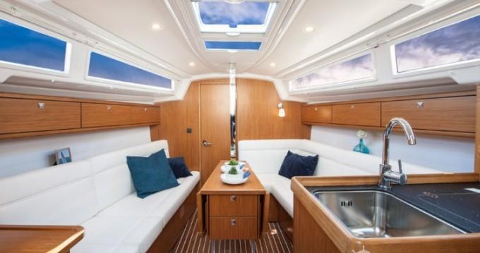 Noleggio Barca a vela a Biograd na Moru – Bavaria Cruiser 33