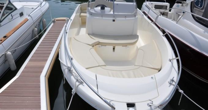 Noleggio barche Jeanneau Cap Camarat 635 a Arcachon su Samboat