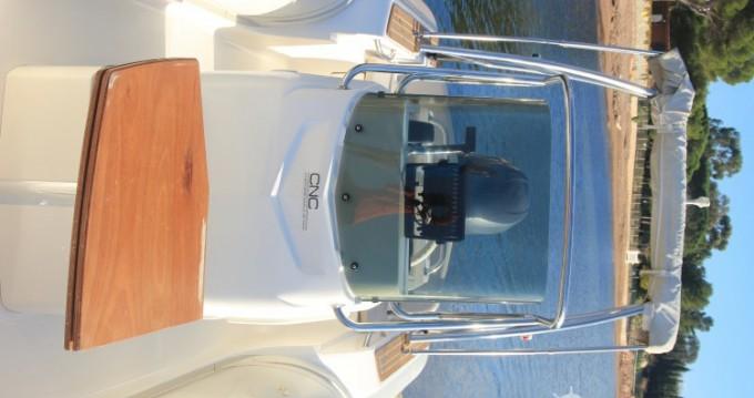 Noleggio barche Agay economico Tempest 626