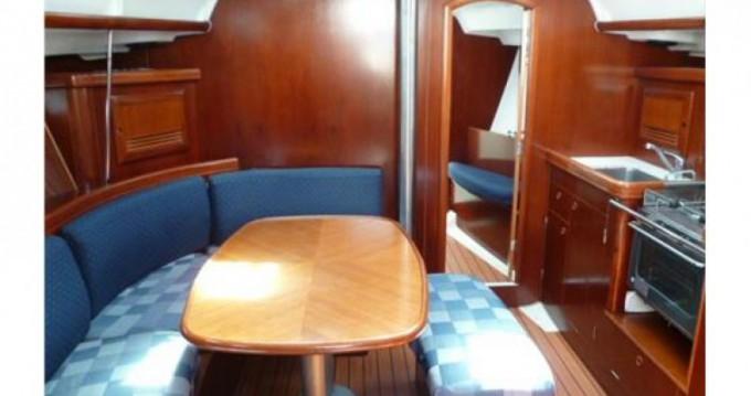 Noleggio yacht a Arzon – Oceanis 393 su SamBoat