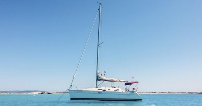 Bénéteau Oceanis 311 Clipper tra privati e professionisti a Ibiza Town