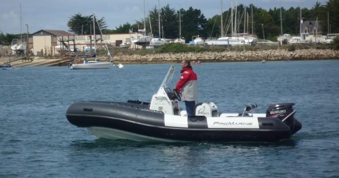 Noleggio barche Étel economico MANTA
