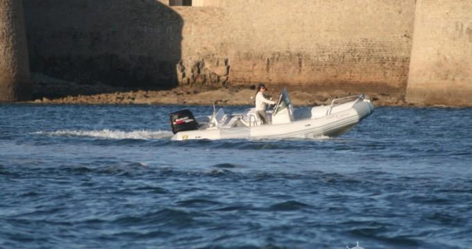 Noleggio barche Port-Louis economico Pro Open