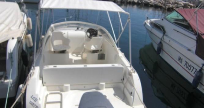 Noleggio Barca a motore con o senza skipper Bénéteau a L'Estaque