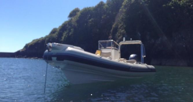 Noleggio Gommone Joker Boat con patente nautica
