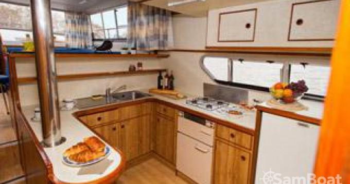 Houseboat a noleggio a Canal du Midi al miglior prezzo