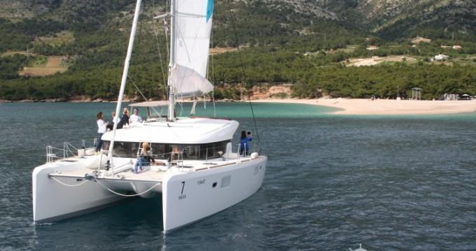 Noleggio Catamarano a Dalmata – Lagoon Lagoon 39
