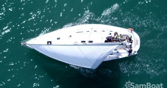 Barca a vela a noleggio a Granville al miglior prezzo