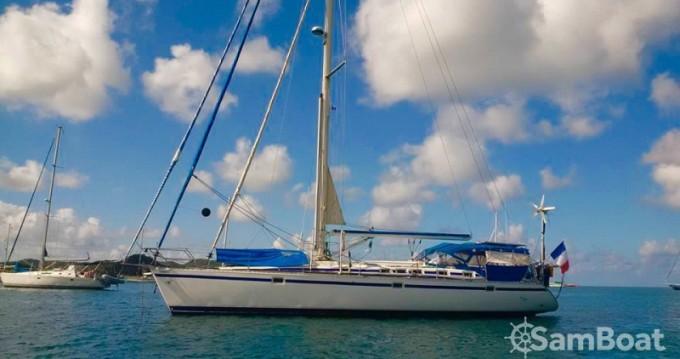 Bénéteau Oceanis 510 tra privati e professionisti a Rodney Bay