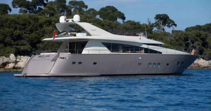 Noleggio Yacht Seanest con patente nautica