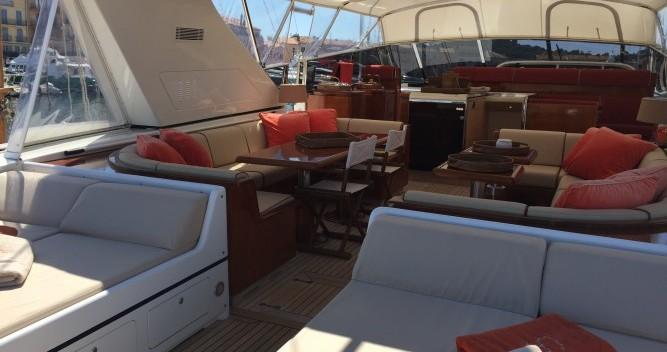 Noleggio yacht a Saint-Tropez – Mangusta 25 su SamBoat