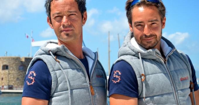Mangusta 25 tra privati e professionisti a Saint-Tropez