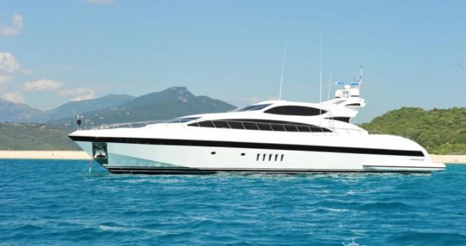 Noleggio barche Mangusta 31.4 a Saint-Tropez su Samboat