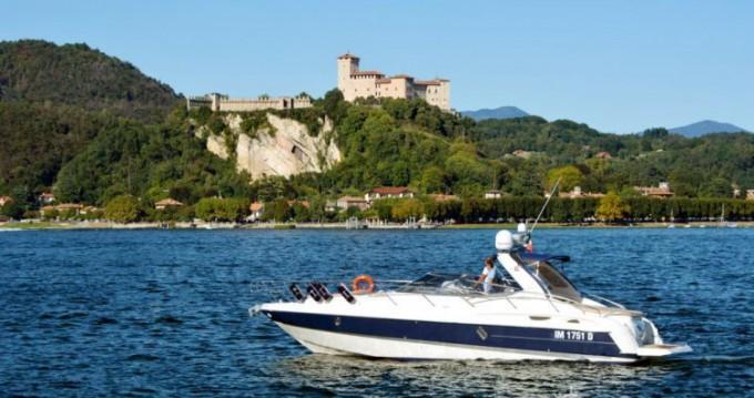 Noleggio Barca a motore con o senza skipper Cranchi a Sesto Calende
