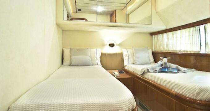 Noleggio yacht a Atene – Ferretti yacht su SamBoat