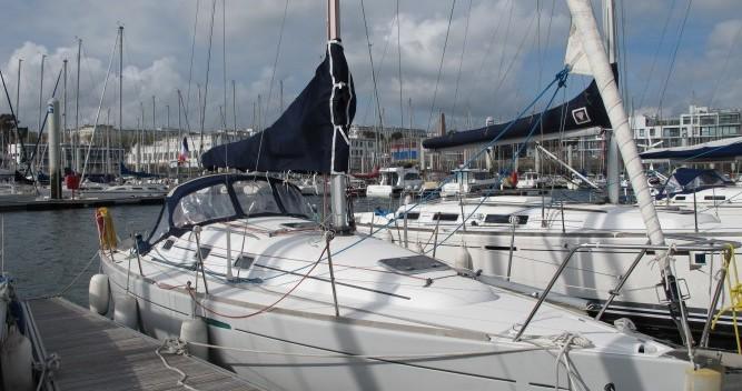 Barca a vela a noleggio a Brest al miglior prezzo