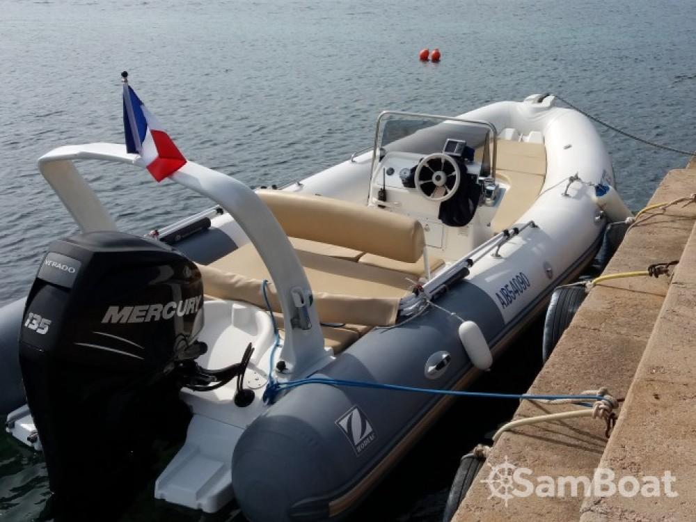 Noleggio barche Zodiac Medline Porto-Vecchio su Samboat