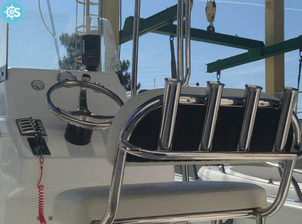 Noleggio Barca a motore Jmp-International con una patente