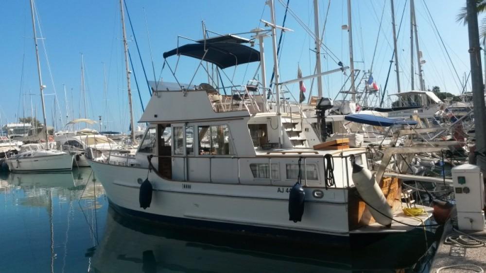 Barca a motore a noleggio  al miglior prezzo