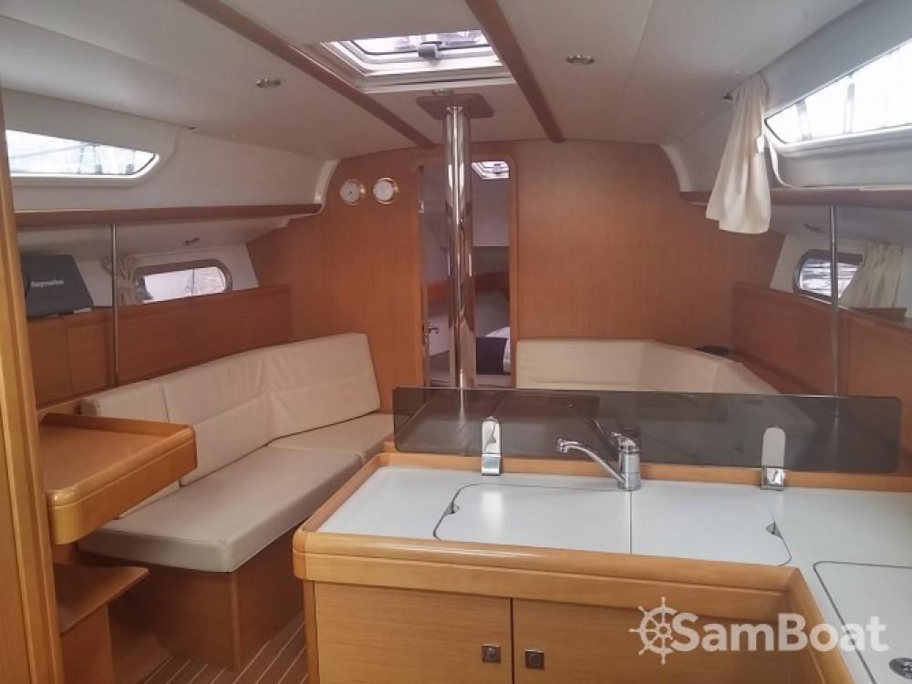 Noleggio yacht Cannes - Jeanneau Sun Odyssey 36i su SamBoat