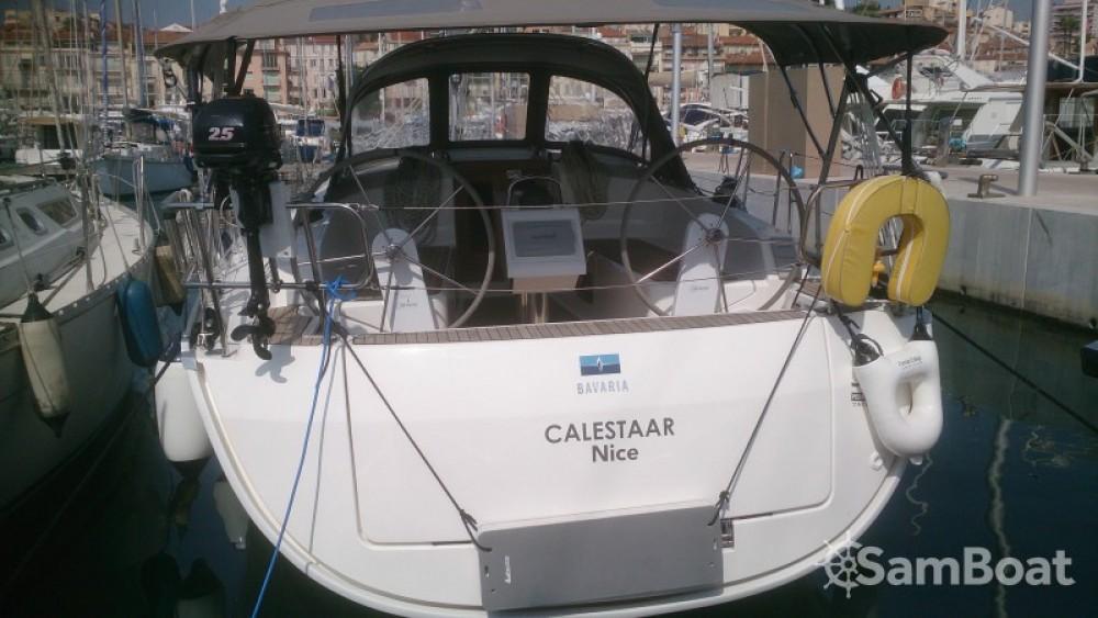 Noleggiare un'Bavaria Cruiser 37 Vieux port