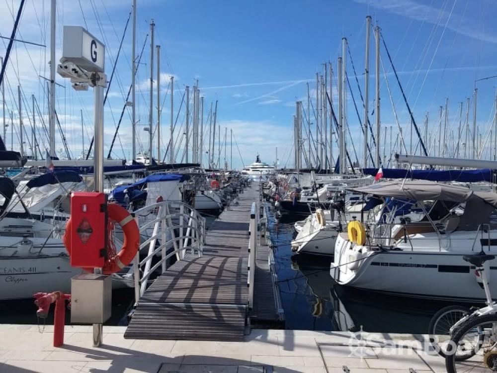 Barca a vela a noleggio Cannes al miglior prezzo