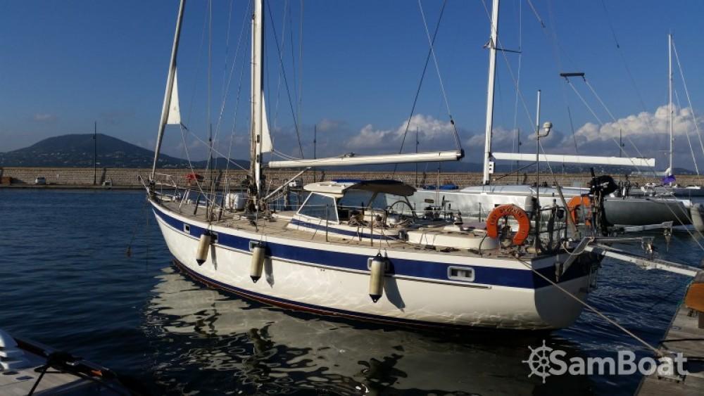 Noleggio Barca a vela Hallberg-Rassy con una patente