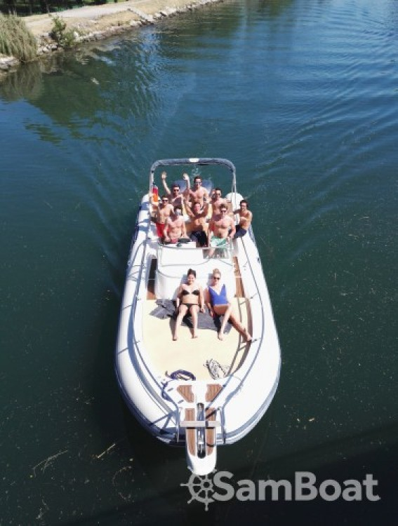 Noleggio yacht Mandelieu-la-Napoule - Capelli Tempest 900 WA su SamBoat
