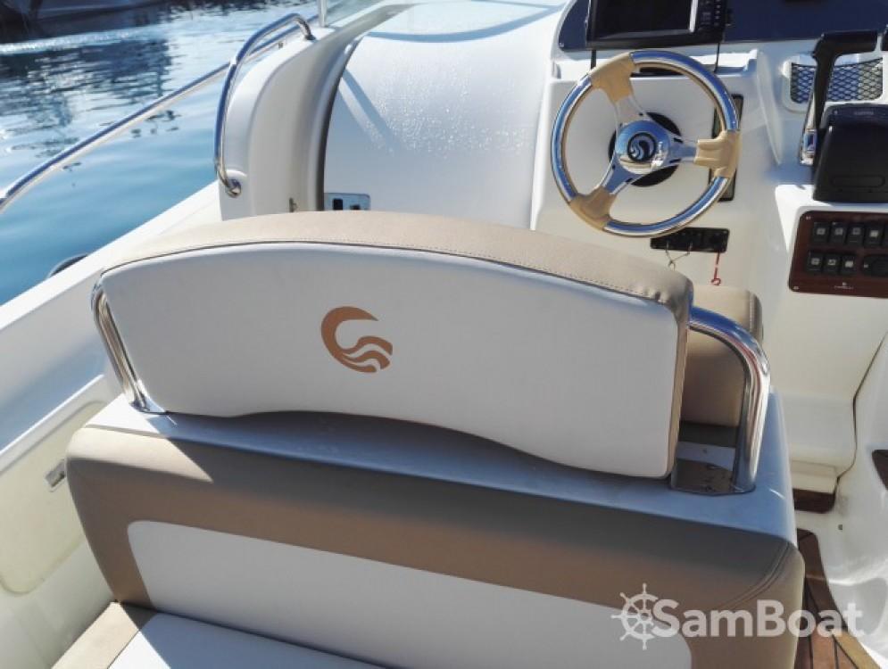 Noleggio barche Capelli Tempest 900 WA Mandelieu-la-Napoule su Samboat