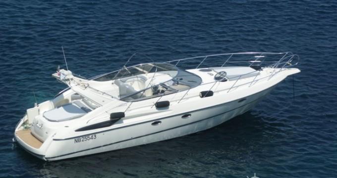 Barca a motore a noleggio a Toulon al miglior prezzo